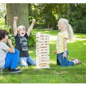 Õuemängud Suuri Torninrakentaminen