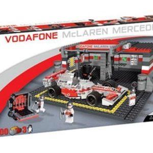 Cobi McLaren F1-auto ja pieni varikko rakennuspalikkasarja 500 osaa