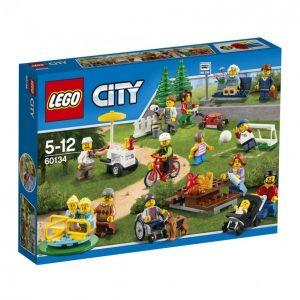 Lego City 60134 Hauskaa Puistossa Hahmot