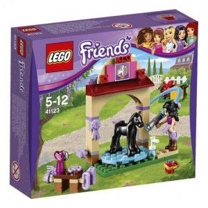 Lego Friends 41123 Varsan Pesupaikka