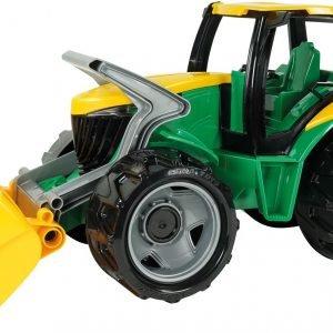 Lena Traktori Etukauhalla