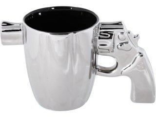 Mugg with revolver handle