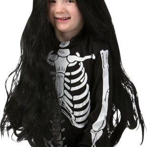 Musta pitkä peruukki lapsille