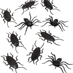 Naamiaiset Hämähäkit & torakat