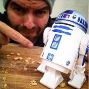 R2-D2 työpöytäimuri